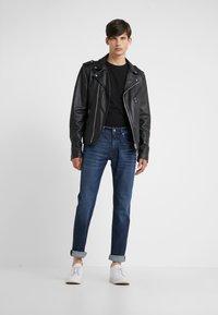 KARL LAGERFELD - CREW NECK 2 PACK - T-shirt basic - black - 0