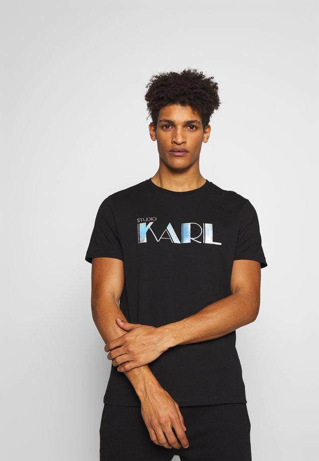 RAINBOW HOLOGRAPHIC PRINT - T-shirts print - black
