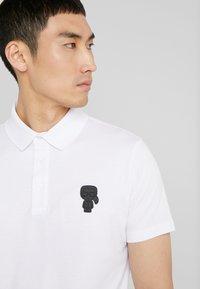 KARL LAGERFELD - POLO - Koszulka polo - white - 4