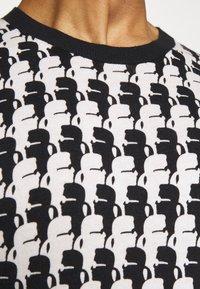 KARL LAGERFELD - KNIT CREWNECK - Pullover - black/white - 5