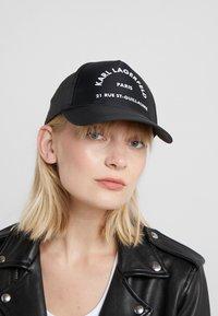 KARL LAGERFELD - RUE ST GUILLAUME CAP - Cap - black - 1