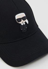 KARL LAGERFELD - IKONIK CAP - Cap - black - 5