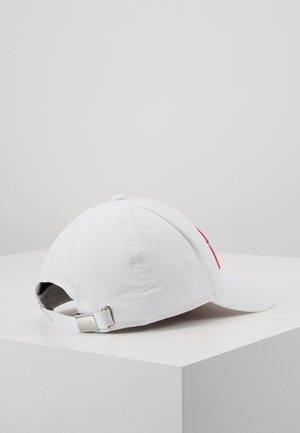 SIGNATURE CAP VISOR PRINT - Czapka z daszkiem - white/multi