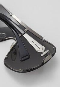 KARL LAGERFELD - CARINE MASK - Okulary przeciwsłoneczne - black - 2