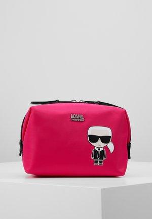 IKONIK WASHBAG - Wash bag - fuchsia