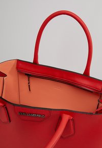 KARL LAGERFELD - Handbag - strawberry