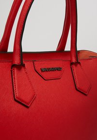 KARL LAGERFELD - Handbag - strawberry - 6