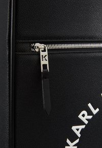 KARL LAGERFELD - RUE ST GUILLAUME TROLLEY - Valise à roulettes - black - 2