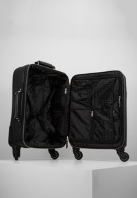 KARL LAGERFELD - RUE ST GUILLAUME TROLLEY - Valise à roulettes - black - 5