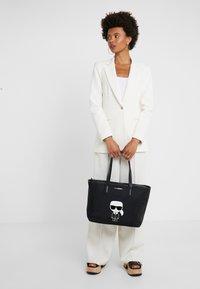 KARL LAGERFELD - Shopping bag - black - 1