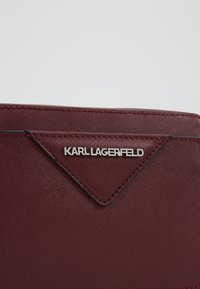 KARL LAGERFELD - KLASSIK CAMERA BAG - Olkalaukku - wine - 6