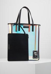 KARL LAGERFELD - FUN IRIDESCENT - Shopper - transparent - 5