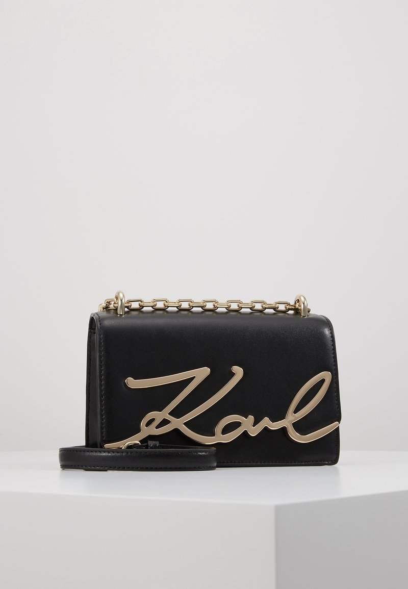 KARL LAGERFELD - SIGNATURE SMALL SHOULDERBAG - Taška s příčným popruhem - black/gold