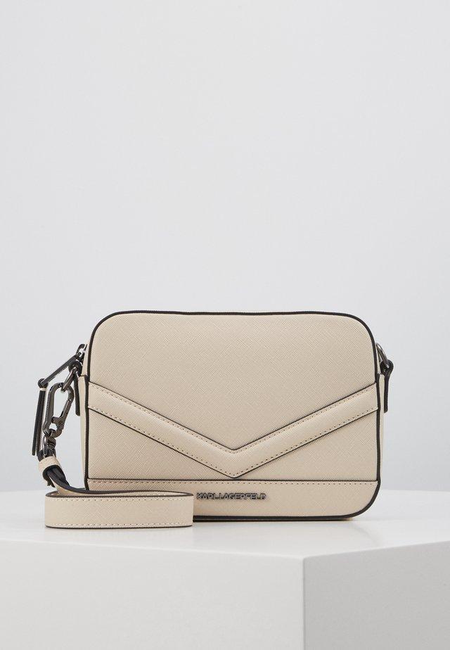 MAU CAMERA BAG - Across body bag - hazelwood