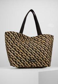 KARL LAGERFELD - Shoppingveske - bronze - 2