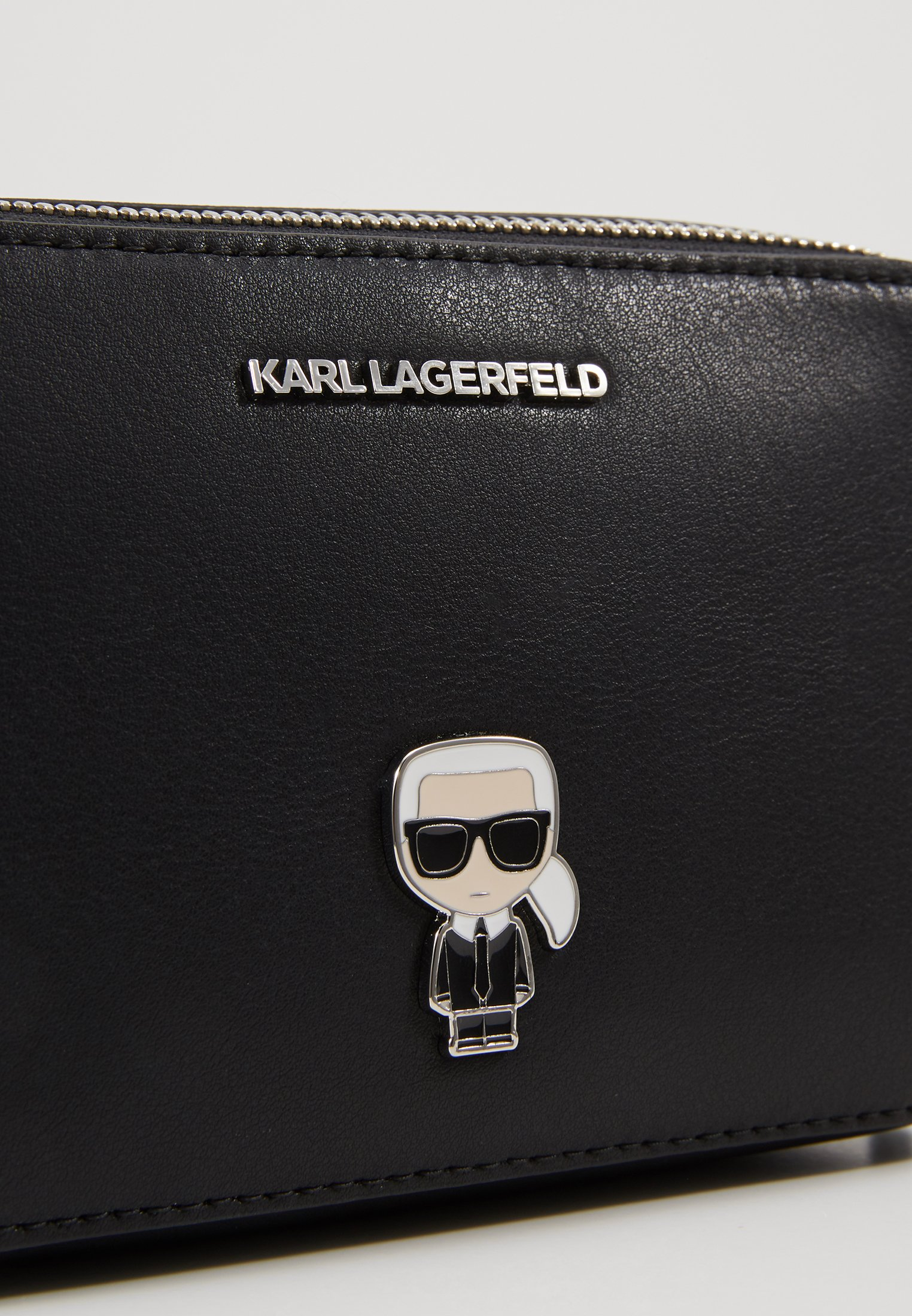 Karl Lagerfeld Ikonik Metal Pin Camera Bag - Sac Bandoulière Black