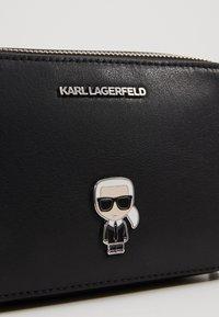 KARL LAGERFELD - IKONIK METAL PIN CAMERA BAG - Across body bag - black - 6