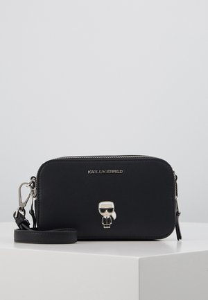 IKONIK PIN CAMERA BAG - Skuldertasker - black
