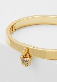 KARL LAGERFELD - CHOUPETTE LOCK HINGE BANGLE  - Bracelet - gold-coloured - 5