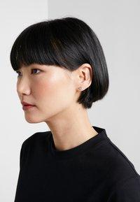 KARL LAGERFELD - MINI CHOUPETTE STUD  - Earrings - silver-coloured - 1