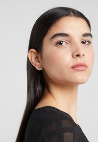 KARL LAGERFELD - MINI MULTI CHARMS STUD - Earrings - silver-coloured - 1