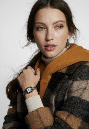 PETITE SQUARE BRACELET - Watch - silver-coloured