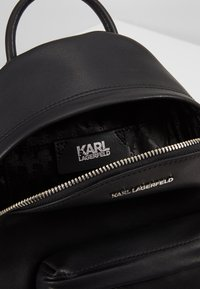 KARL LAGERFELD - IKONIK METAL PIN BACKPACK - Batoh - black - 5