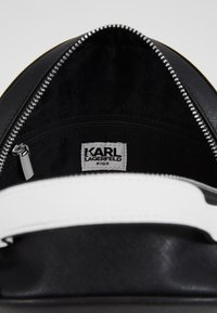 KARL LAGERFELD - SHOULDER BAG - Across body bag - black/white - 5