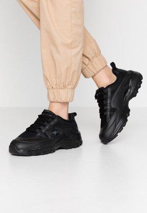 KW-CHUNKY - Sneaker low - black