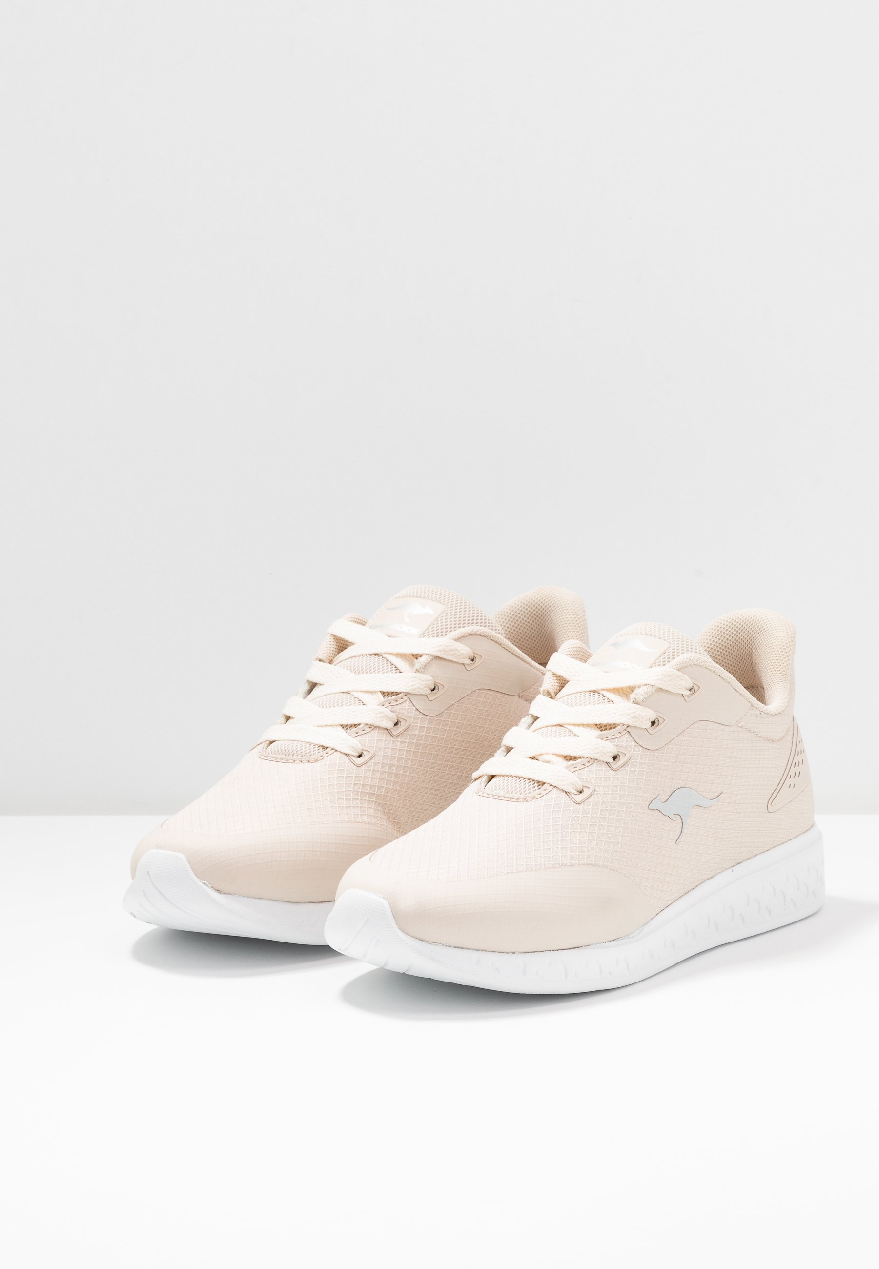 K ACT FEEL Sneakers beige