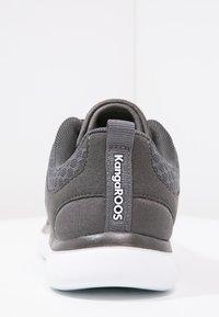 KangaROOS - BUMPY - Sneakers - dark grey - 4