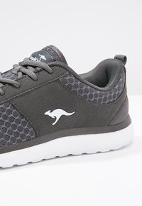 KangaROOS - BUMPY - Sneakers - dark grey - 6