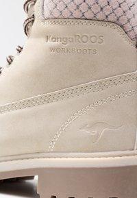 KangaROOS - RIVETER - Kotníková obuv - offwhite - 2