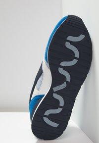 KangaROOS - RACER HYBRID - Trainers - blue/white - 4