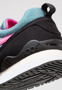 KangaROOS - OMNIRACER - Sneakers - white /tile blue - 5