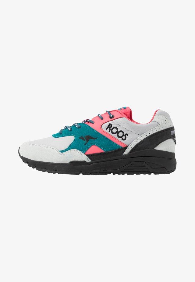 RUNAWAY  - Sneaker low - vapor grey/neon pink