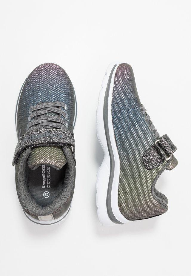 KANGASHINE - Sneaker low - steel grey/rainbow