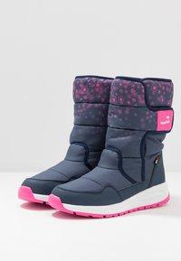 KangaROOS - K-FLUFF RTX - Zimní obuv - dark navy/daisy pink - 3