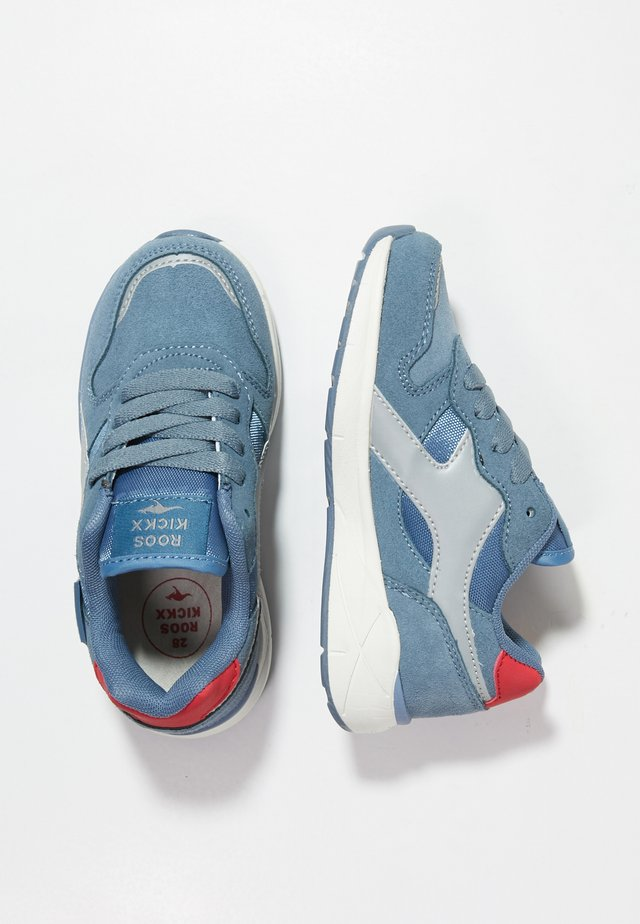 ROOSKICKX KIROO - Sneakersy niskie - faded blue/fiery red