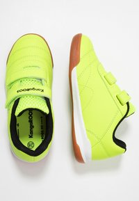 KangaROOS - COURTYARD  - Sneakers - neon yellow/jet black - 0