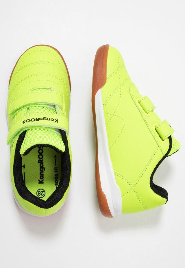 COURTYARD  - Sneaker low - neon yellow/jet black