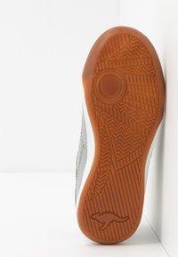 KangaROOS - RACE YARD - Sneakers - vapor grey/english rose - 5
