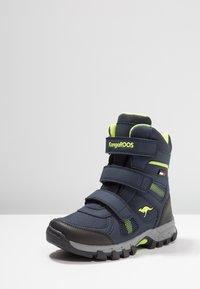 KangaROOS - K-RANI - Vysoká obuv - dark navy/lime - 2