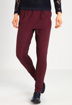 JILLIAN PANTS - Pantalon classique - deep wine