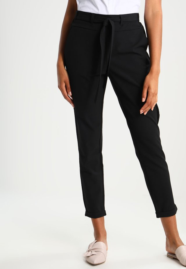 JILLIAN BELT PANT - Tygbyxor - black deep