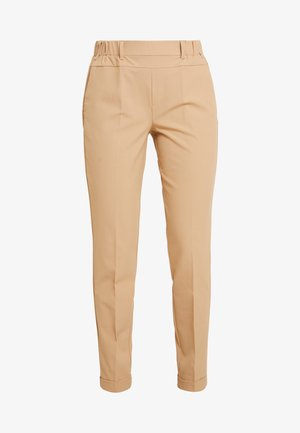 NANCI JILLIAN PANT - Trousers - tannin