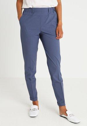 NANCI JILLIAN PANT - Kalhoty - vintage blue