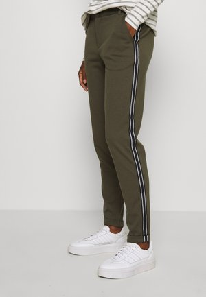 KINNIE PANTS - Spodnie materiałowe - grape leaf