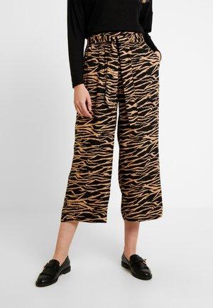 KASEBA CULOTTE PANTS - Pantalones - beige