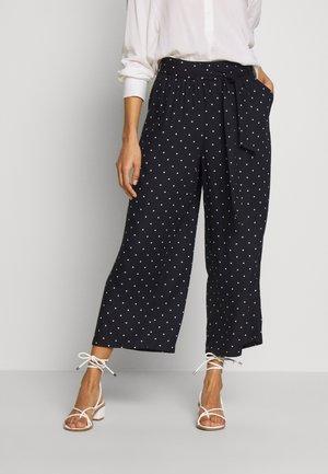 KADARIELLE CULOTTE PANTS - Trousers - black deep